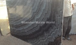 BURBURRY BLACK MARBLE